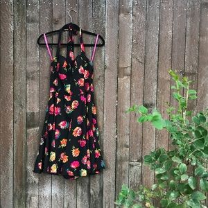 Betsey Johnson floral dress 8 cute chic date